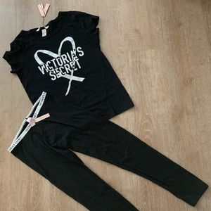 Victoria Secret Pyjama Set T-shirt & Leggings